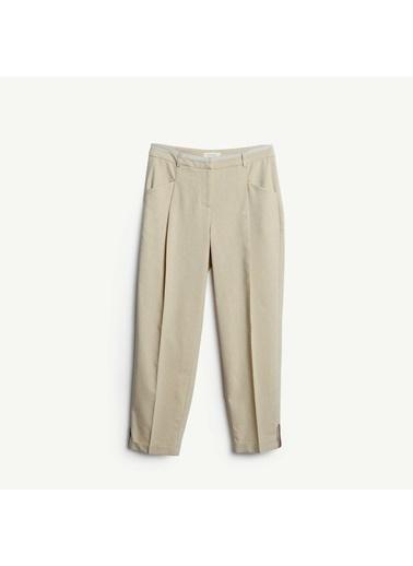 Yargıcı Paça Detaylı Pantolon Bej